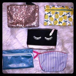 💫Add on item cute mini makeup bags